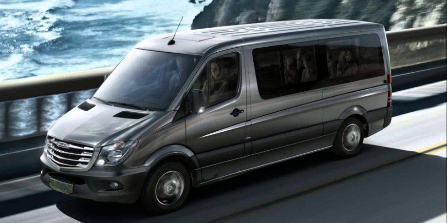 Minibus (19 large bags)